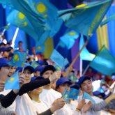 """""""Они были бы рады, если бы казахский язык исчез"""". Писатель раскритиковал казахстанскую молодежь"""