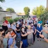 «Нам дали копейки». Жители попавших под снос частных домов в центре Тараза отказываются съезжать
