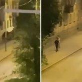 Толпа с битами едва не забила насмерть человека в Усть-Каменогорске. Видео