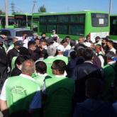 """""""Где наши субсидии?"""": чего требуют бастующие водители автобусов в Семее"""