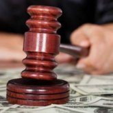 Судья получил тюремный срокза получение взятки в Алматинской области