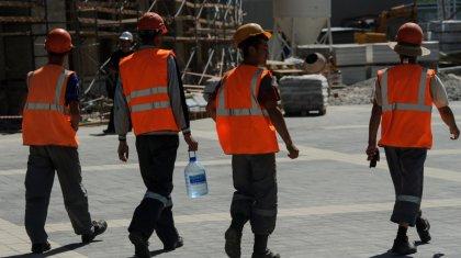 """Строители долгостроя """"Абу-Даби Плаза"""" в Нур-Султане не вышли на работу"""